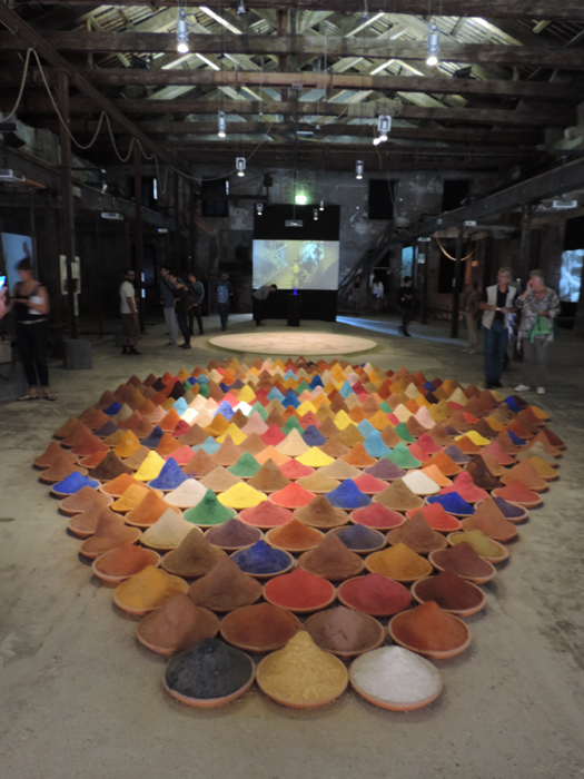 Sonia Falcone, Campo de Color. 2012 – 2013, Installation, various pigments and spices, Pavilion of the Istituto Italo-Latinoamericano