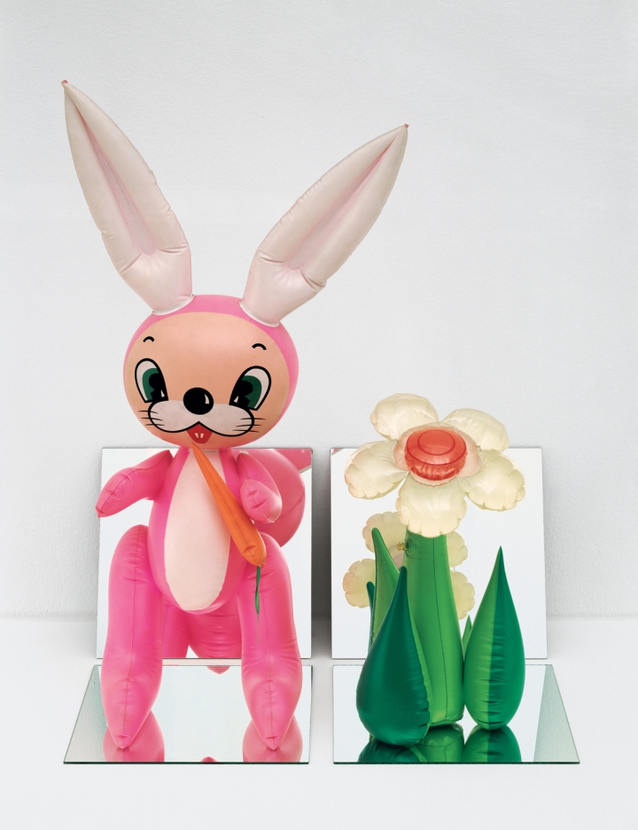 inflatables_e.2013.0007_inflatable_flower_and_bunny_tall_white_pink_bunny_1140